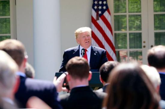 当地时间2017年6月1日,特朗普在白宫宣布美国将退出巴黎气候协定。