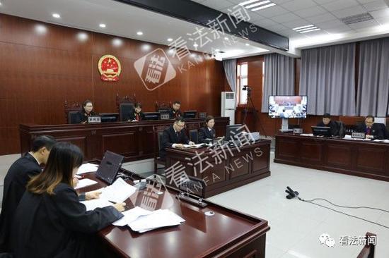 图为庭审现场。摄/法制晚报・看法新闻记者 周蔚