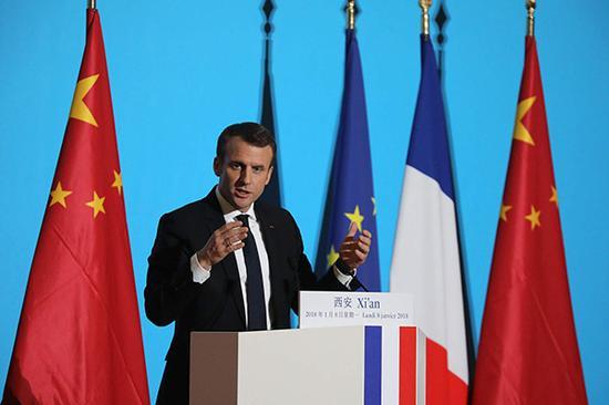 2018年1月8日,陕西西安,法国总统马克龙在大明宫丹凤门举行演讲。  视觉中国 图