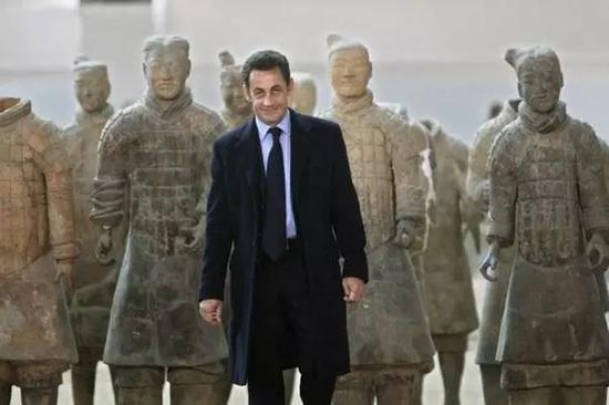 网络捕鱼游戏大厅:法国总统马克龙今起首次访华_为何首站选西安?