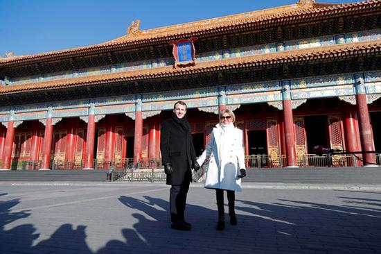 1月9日上午9点,北京,法国总统马克龙携夫人布丽吉特参观北京故宫。