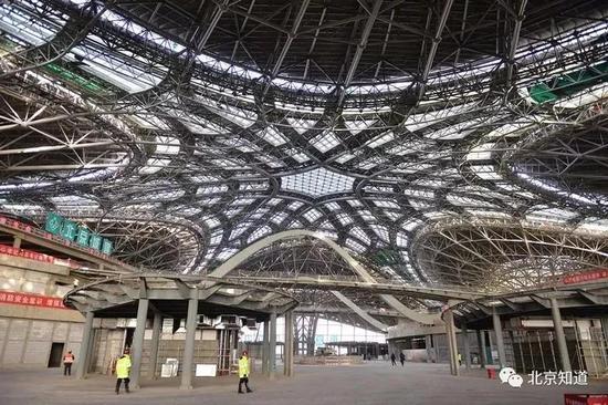 新机场航站楼。