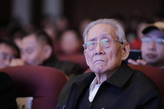 刘习良生前照片 首都师范大学科德学院微信公号 图