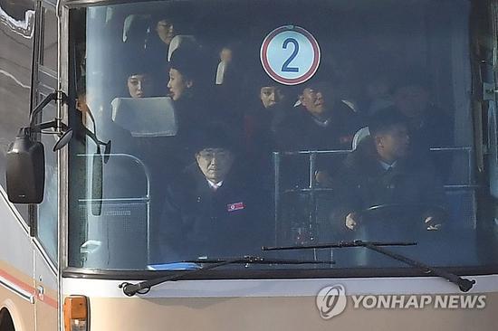 """朝鲜拉拉队员亮相 韩媒忍不住感慨""""太美!"""""""