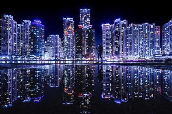 """""""寻找城市之光""""2017年度最佳作品《幻城》 摄影:@星空STARZ"""