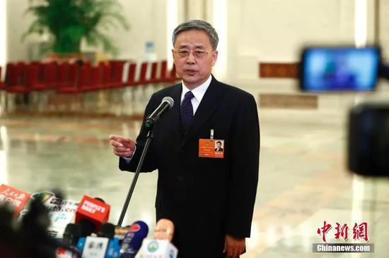 中国银行业监督管理委员会主席郭树清。 中新社记者 富田 摄