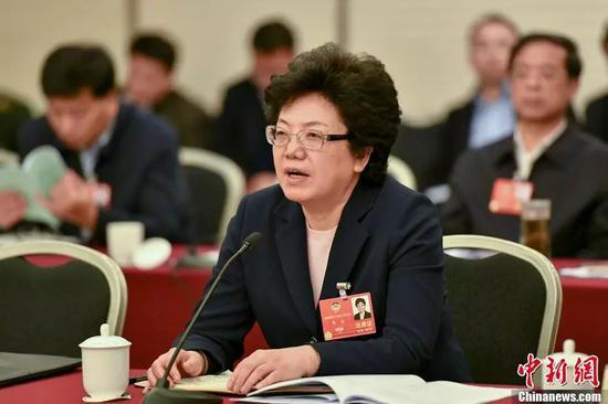 国家卫计委主任李斌。中新社记者 骆云飞 摄