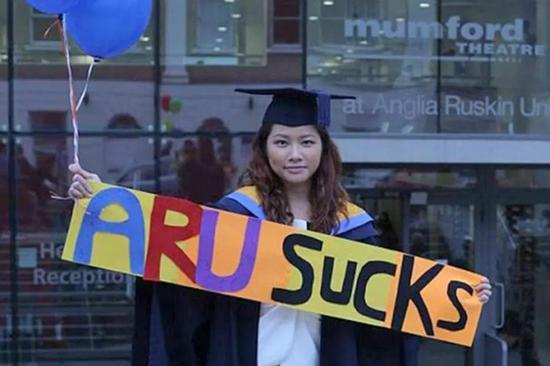 香港学生告英国母校赔50万:文凭鸡肋 找不到工