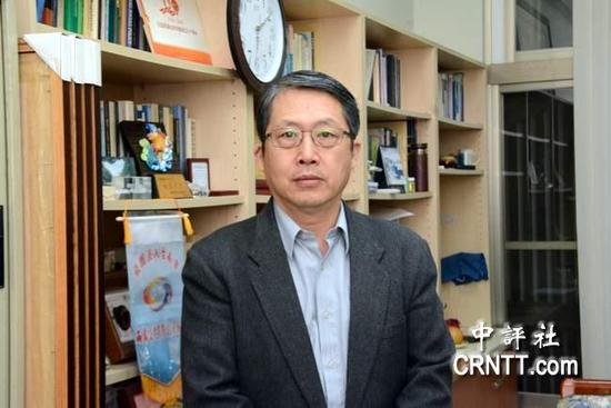 台湾成功大学政治经济学研究所教授丁仁方(图片来源:中评社)