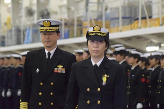 """日本海上自卫队首位女司令上任 将统帅"""""""