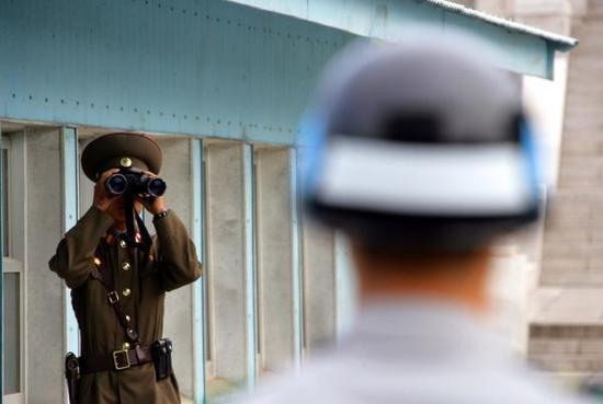 2018年朝鲜半岛局势将前所未有地敏感、微妙。 新华社 图