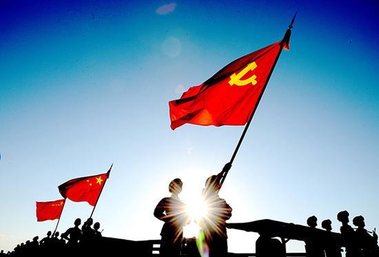 国防军改关注度排名未进前十,折射出人们对中国军队的信赖和对国家力量的自信。视觉中国 资料