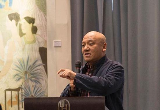 著名画家郑艺教授。