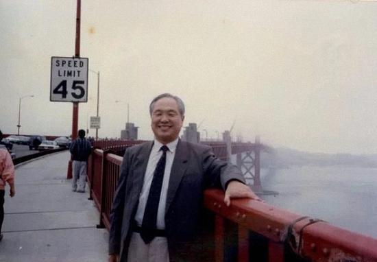 1992年,朱自强访问香港。