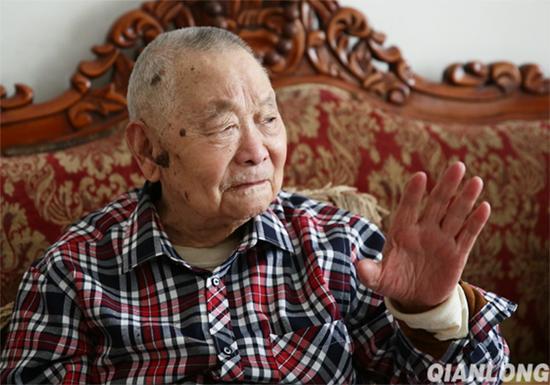 方震将军生前照片。 千龙网 资料图