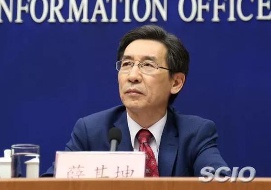 薛其坤参加新闻发布会。