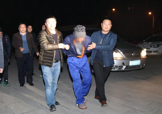 嫌疑人被警方抓获。本文图片均由警方供图