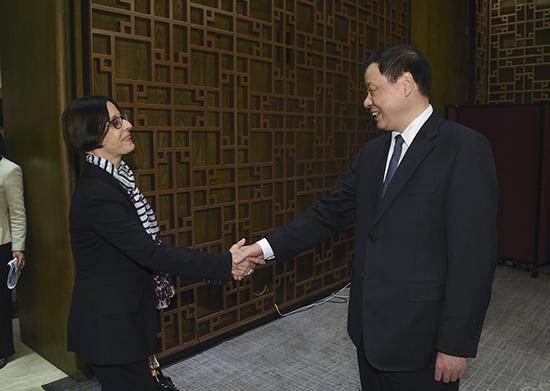 上海市长应勇:目前在沪工作的外国人达21.5万