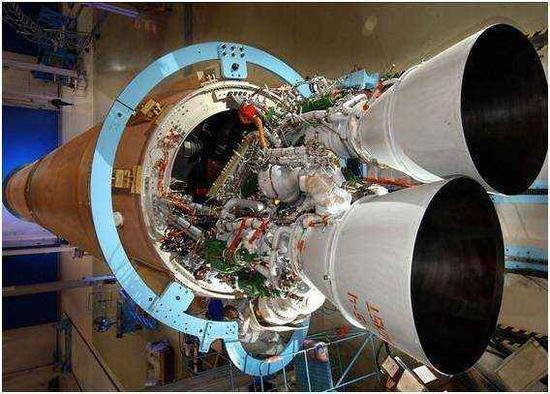 资料图片:俄罗斯RD-180火箭发动机。(图片来源于网络)