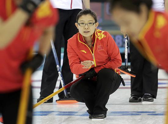 2014年2月13日,索契,2014索契冬奥会女子冰壶循环赛第5轮:中国Vs英国。