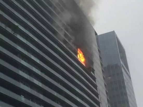 ▲火灾发生时的情景。受访者供图