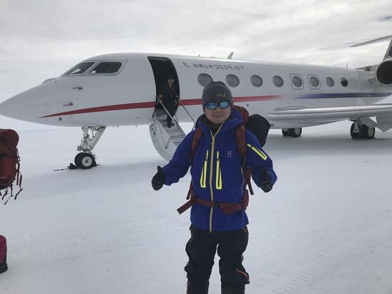 作者亲历中国商用飞机首次登陆南极,背后是由海航拥有的公务机650。