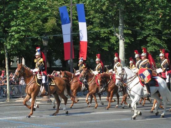 △法兰西共和国骑兵卫队