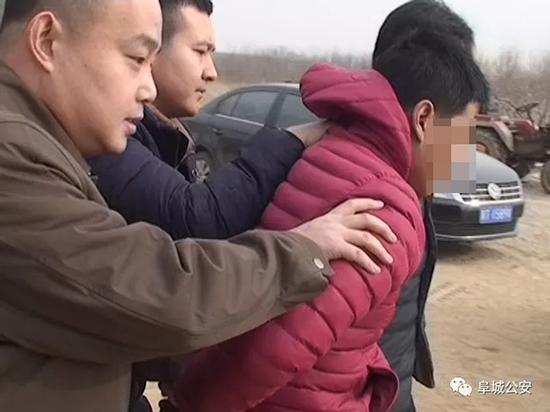 抓获犯罪嫌疑人 本文图均为 阜城公安微信公众号 图