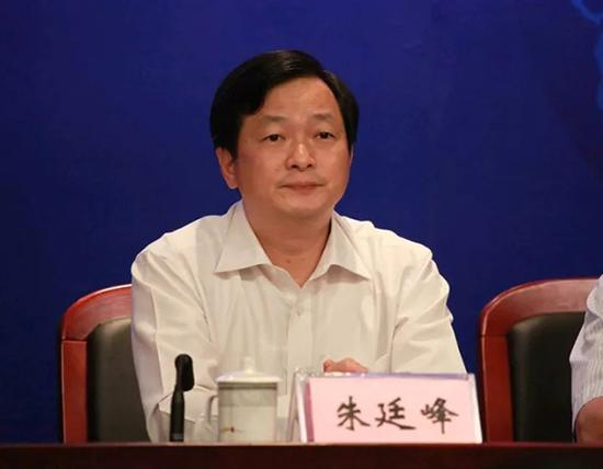 朱廷峰 南方杂志微信公众号 资料图