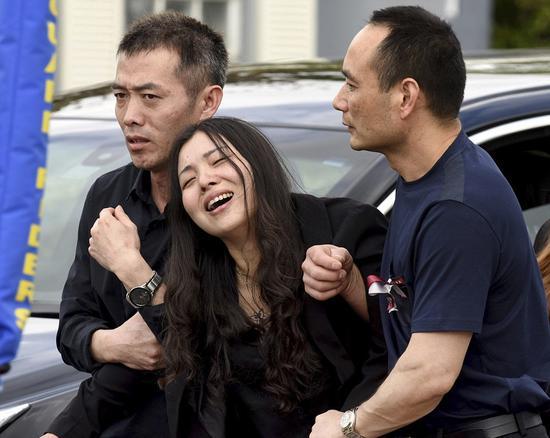 一家人庆祝春节的愿望化为泡影,王蒙杰母亲悲痛欲绝