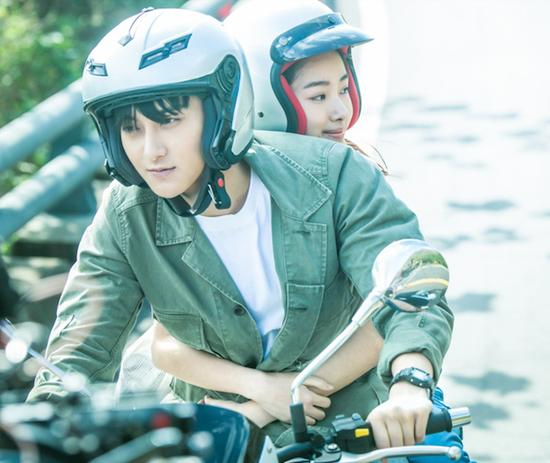 爱情悬疑片《夏天19岁的肖像》改编自日本作家岛田庄司的同名小说。