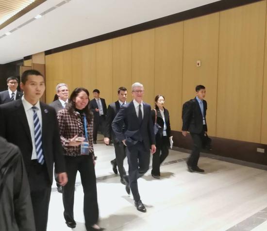 苹果公司首席执行官库克出席乌镇世界互联网大会