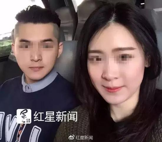 ▲杨俪萍和朱晓东 杨俪萍家属供图