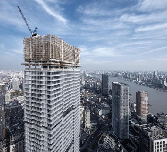 塔楼立面幕墙细节 2017年12月建设期间实景