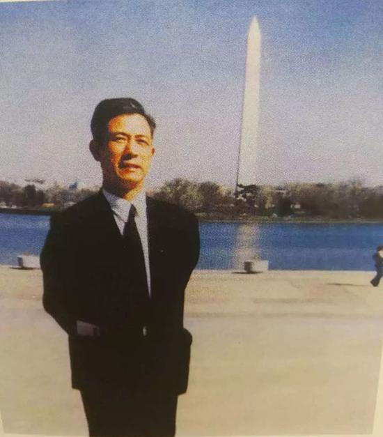 1981年冬,于美国首都华盛顿。