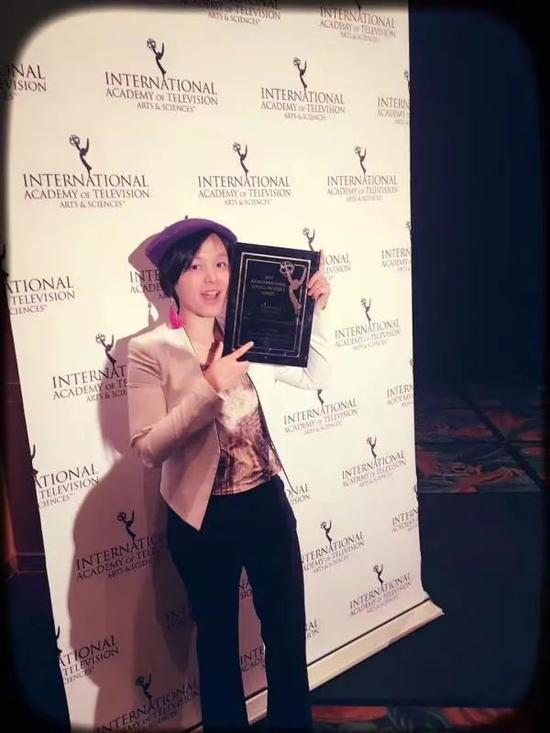 """留美女生骆翼云,她导演的短片作品《金陵止戈人》入围国际艾美奖青年创意组评奖,并最终获得""""女性和平使者""""单元最高奖。受访者供图"""
