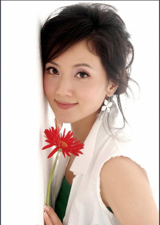 冯小刚让女演员出击:饭局权力视频背后的油腻跳舞男人全军图片