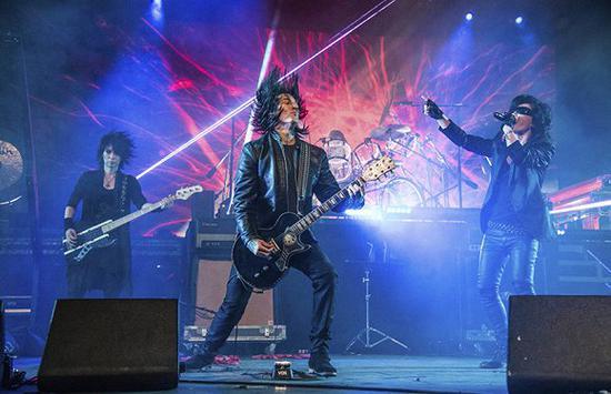日本视觉系乐队(图片来源:WWD)