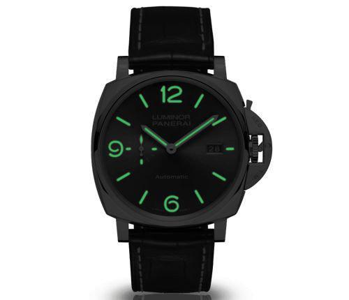 沛纳海LuminorDue 3 Days Automatic 腕表,拉出表冠,秒针会立即归零,方便精准对时。