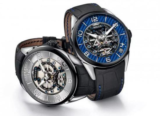 Milus Tirion TriRetrograde 三逆跳腕表,  三个小秒针盘轮流上演每 20 秒一次的逆跳。