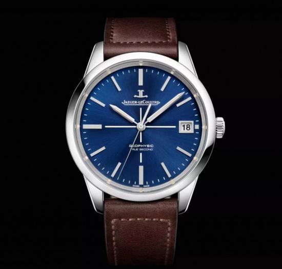 """积家 Geophysic 系列 True Second 腕表,品牌将秒针一秒跳动一格的功能称为 """" 真秒 """"。"""