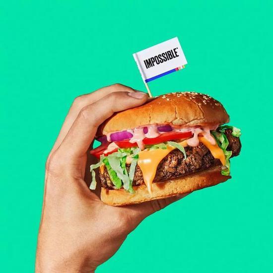 短短的两年间,比尔盖茨、Twitter、瑞士银行都投资了 Impossible Foods。