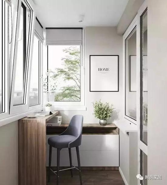 光照不足的阳台,可以选择符合风格又具有个性的灯饰来补光。
