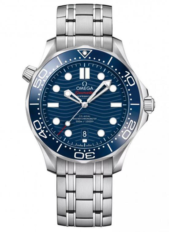 欧米茄海马系列300 米潜水表为大三针表款