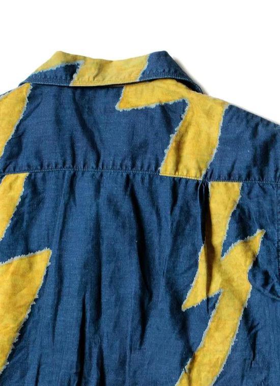 Kapital 的夏威夷衬衫除了有蓝染的款式之外,也有普通的样式,