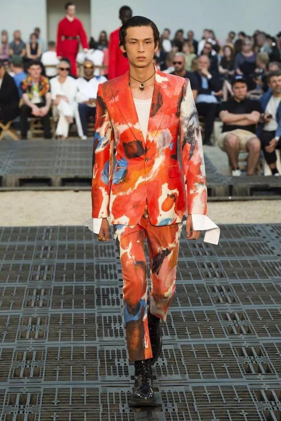 Alexander McQueen Spring 2019 Menswear Paris