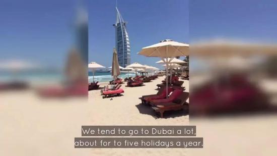 每年全家去迪拜度假5次,每次至少花费1万5千英镑(约13万人民币)