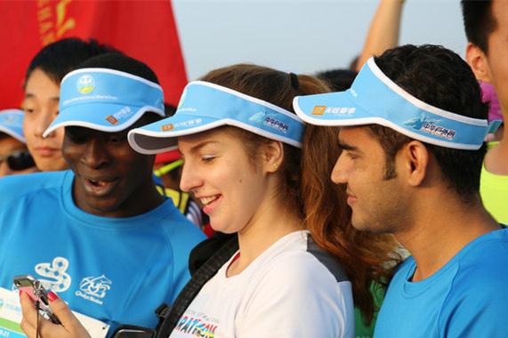鄂尔多斯国际马拉松开赛