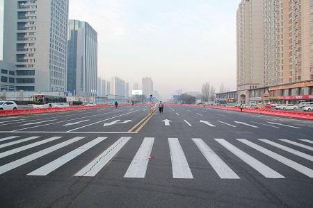 地铁市政府站开工 新华东街如意路交叉禁左