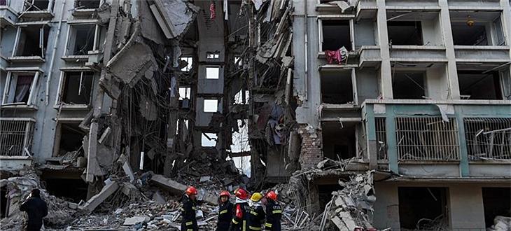 包头市一小区居民楼天然气管道爆炸